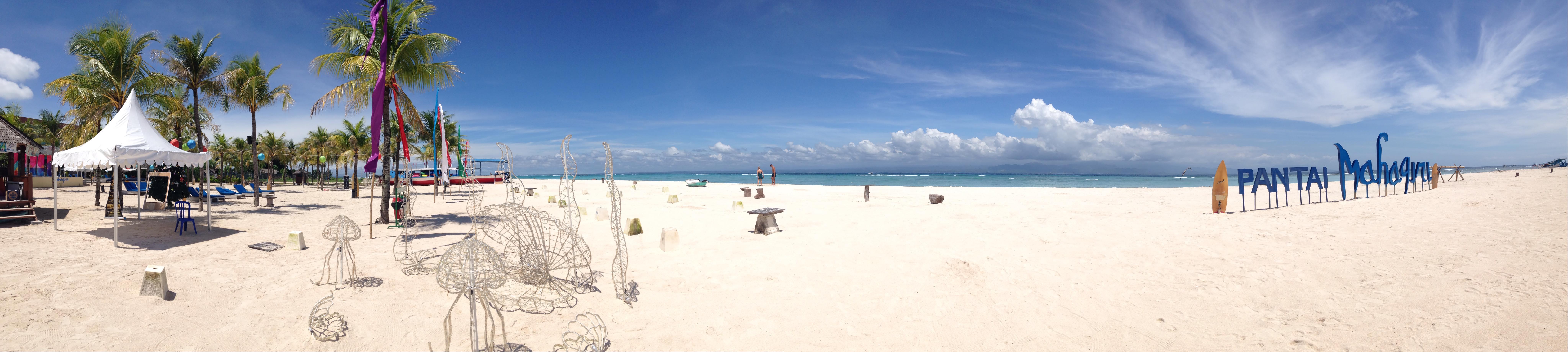 Mahagiri beach, Lembongan island